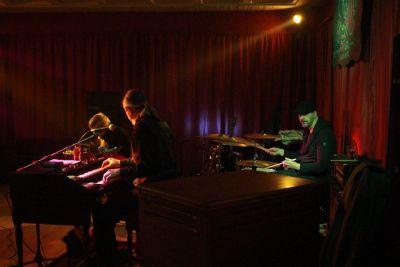 The Hot Organic Trio Live 9/11
